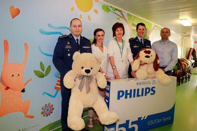 Malých pacientov vo Zvolene potešili vojaci